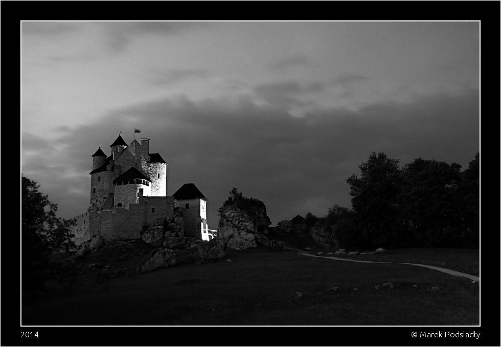 Zamek Bobolice nocą