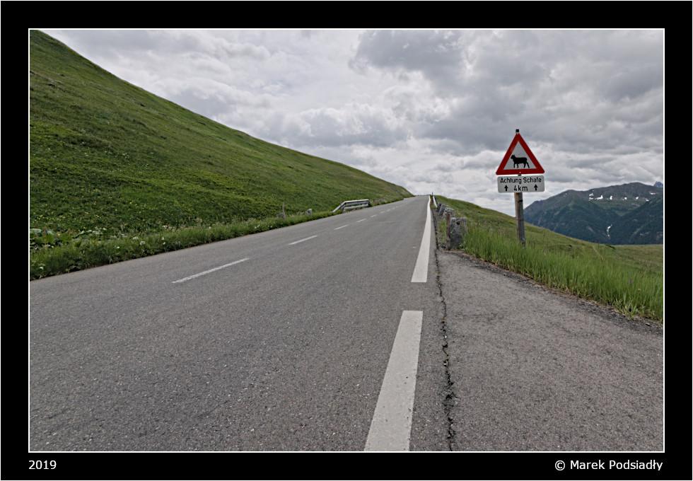 Droga w Alpach