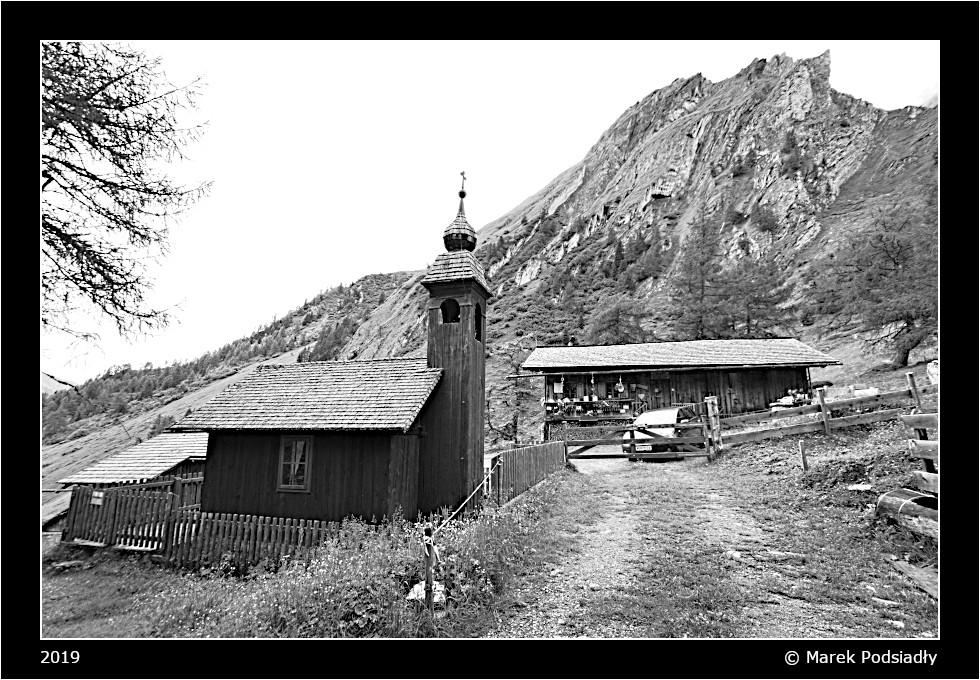 Kościółek w górach